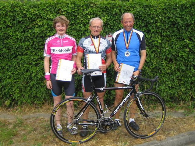 Rechts: Bernard Cotinaut (GSV Trier) 3.Platz