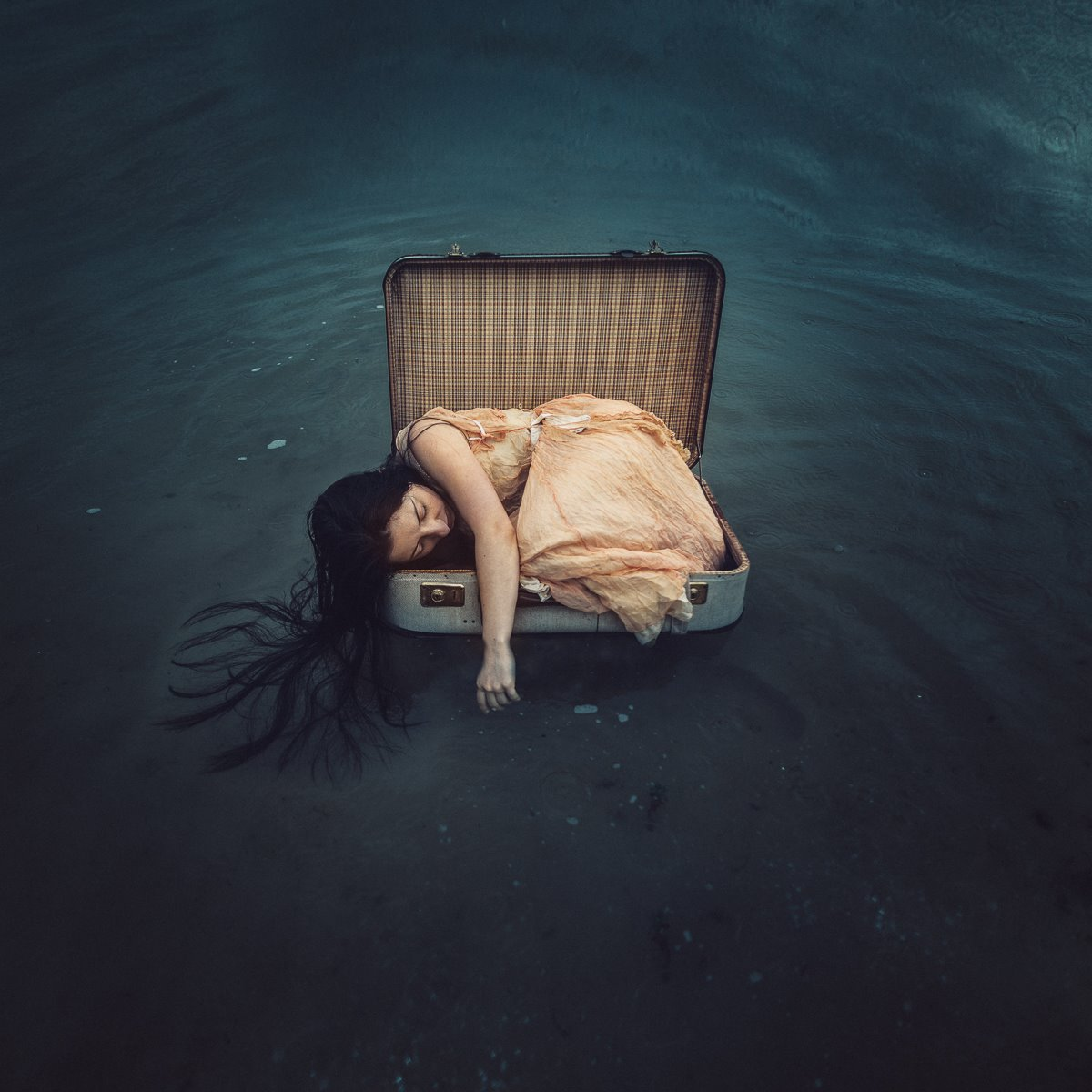 ROVA FineArt Photography - surreal - conceptual - emotional