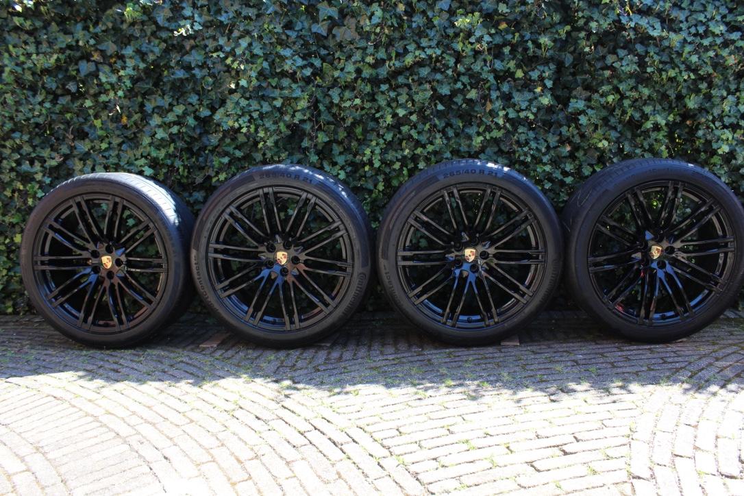 Macan De Website Van Porschesatz1