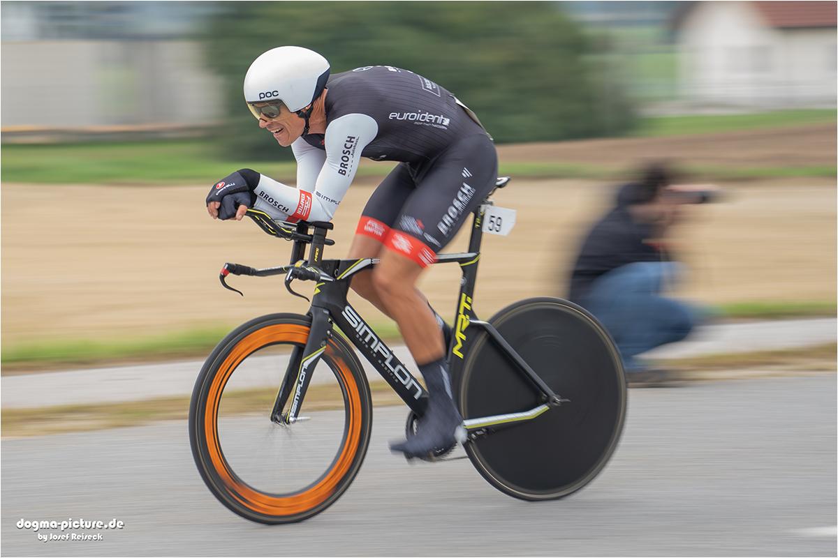 """2. Platz: Josef Reiseck """"Champion"""""""