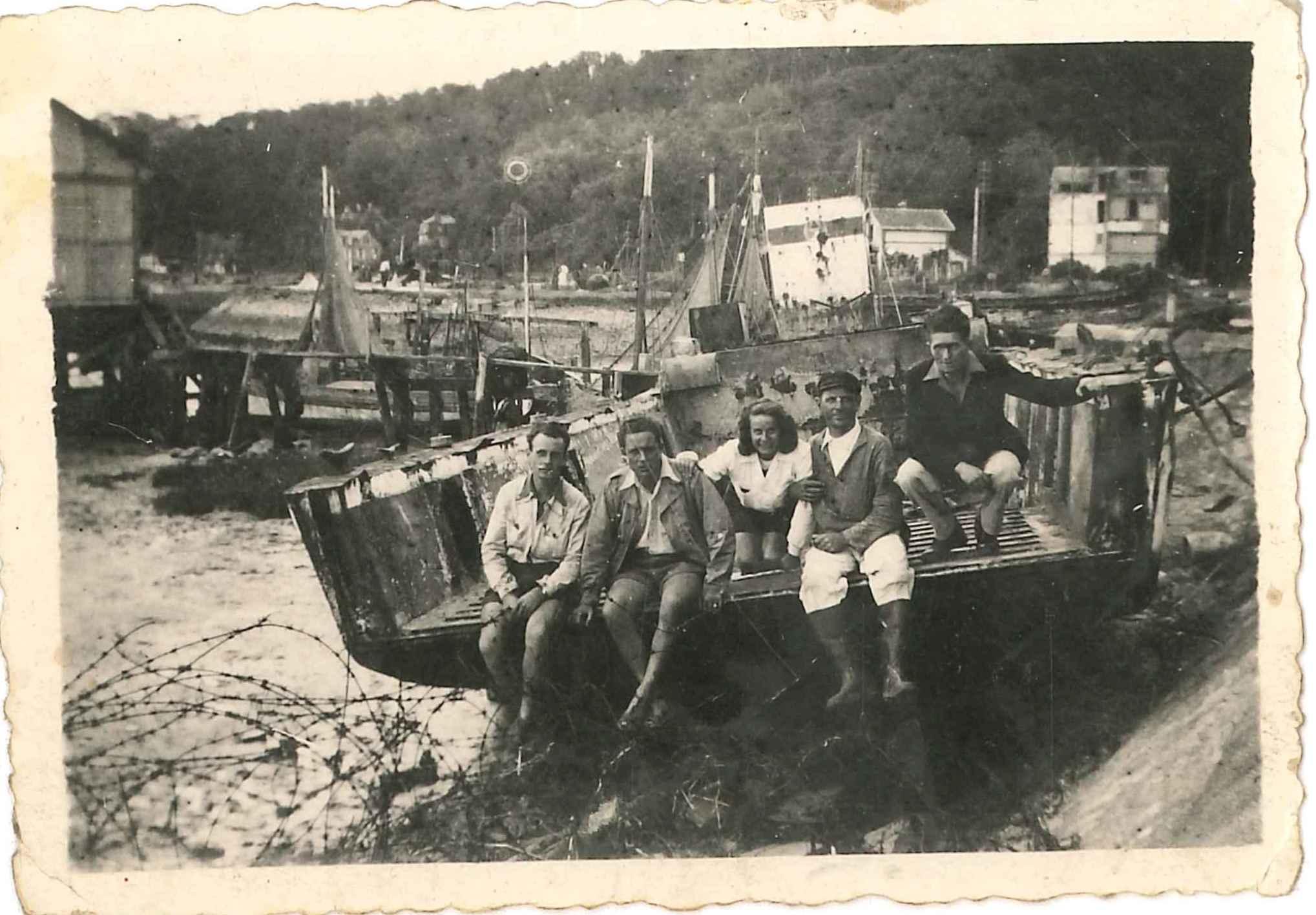 Péniche débarquement port de Dives 1947 - Hervé