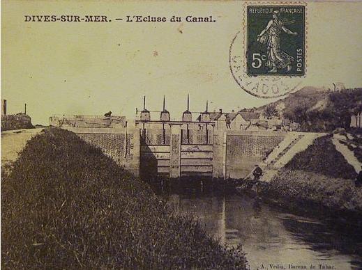 Col Quetron - Carte postale - L'écluse près du port