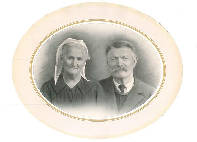 Portraits de grands parents bretons -  Collection LAINE