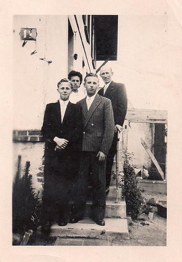 La famille Enakief - Collection Vallée, une famille d'origine rusee