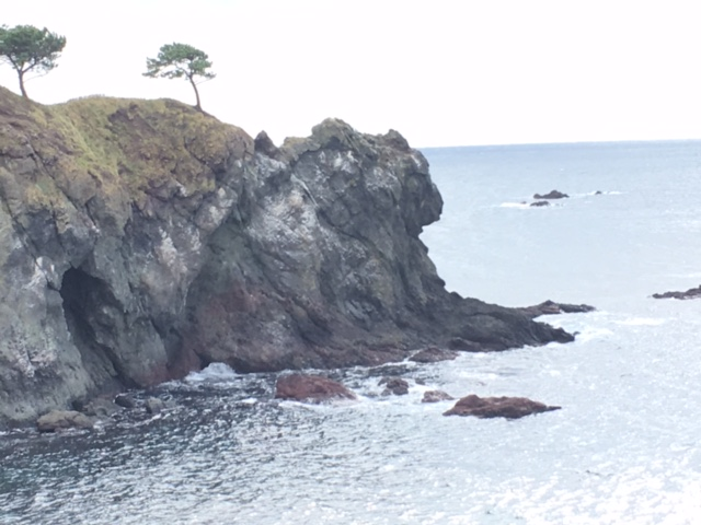 小泊 ライオン岩