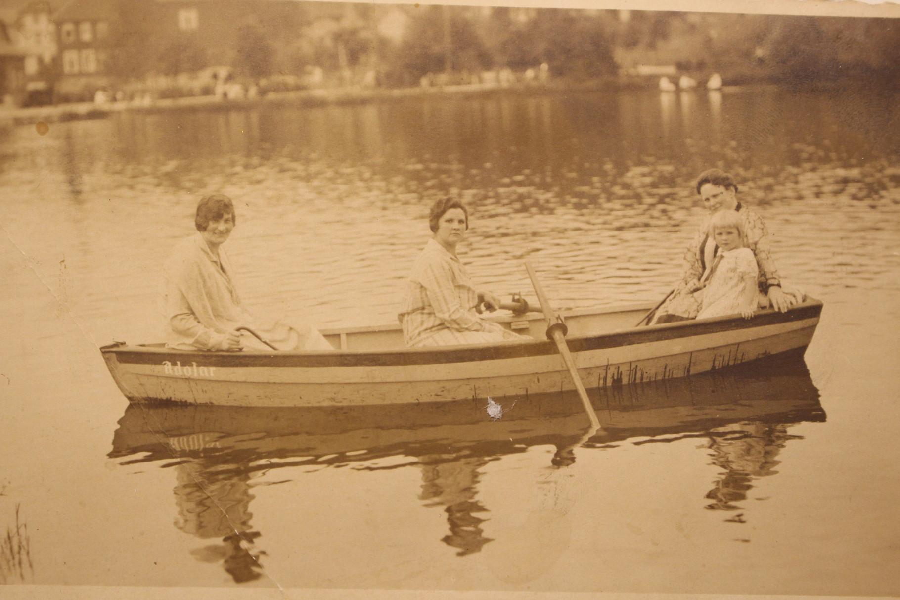 Der Gondelteich im Kurpark, 1930