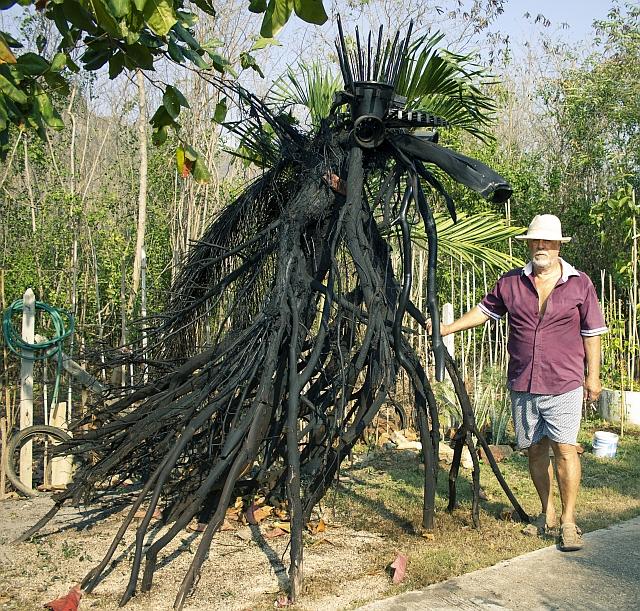 Sam Roi Yod, Thailand, Objet Trouve