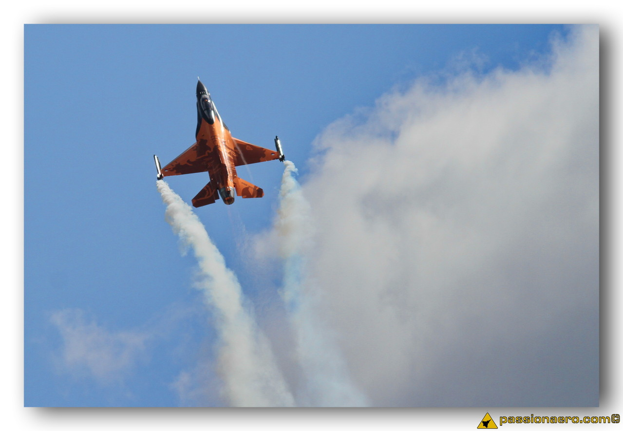 F-16 MLU Solo Display Pays-Bas