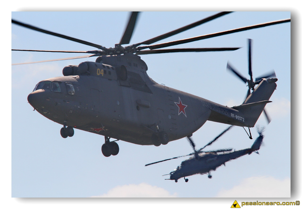 Mi-26 et Mi-35M
