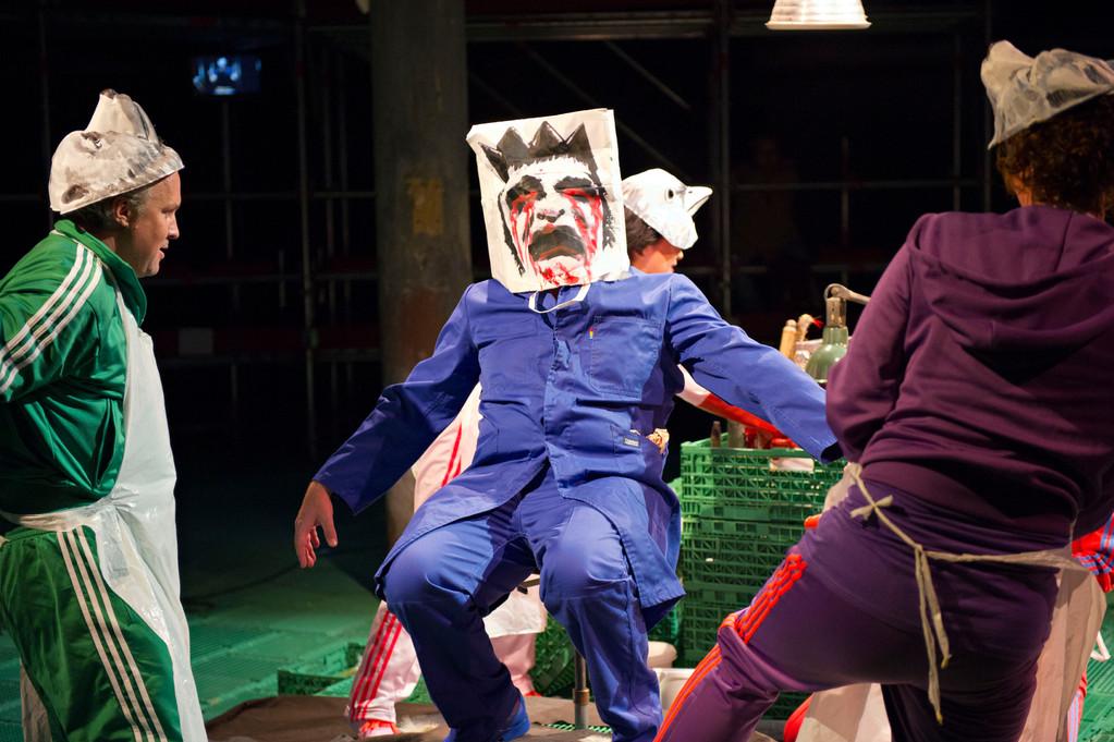 Rüdisüli in der Oper - Die toten Tiere 2011