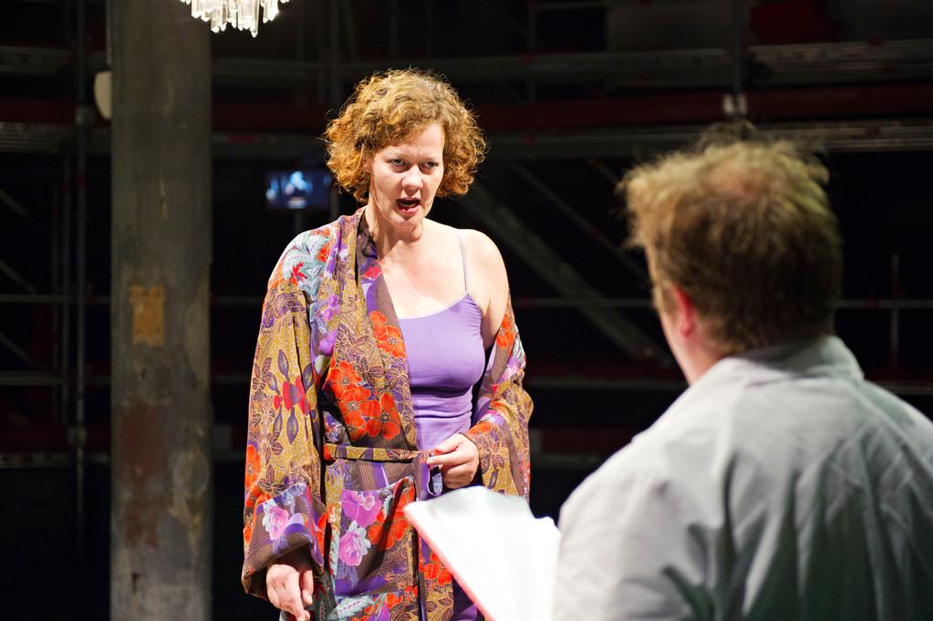 Rüdisüli in der Oper - Schöne Frau auf einem Hirsch 2011