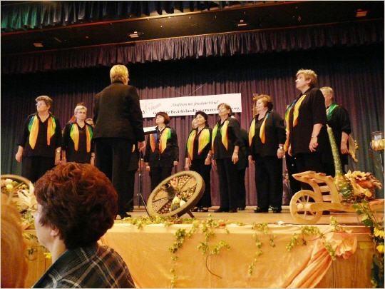 Die Sing- und Tanzgruppe der Landfrauen Brechen