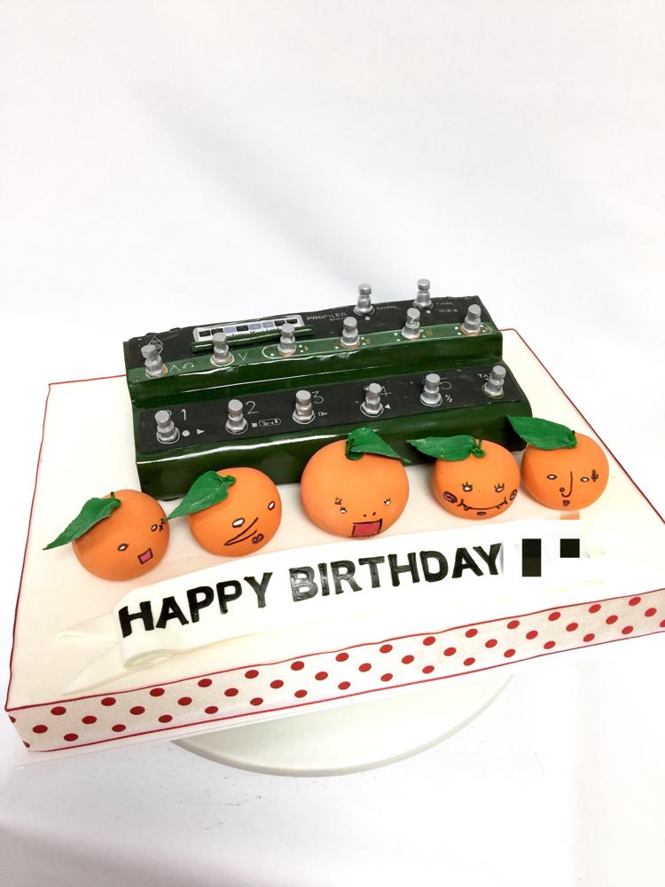 #kemperprofiler #kemper  #cake #ケンパー #音楽 #機材 #プロファイリング #ギター #ギターアンプ #誕生日ケーキ #機械 #バンド #kemperprofilingamp #kemper #fondantcake #music #musiccake #guitar #guitarist #birthdaycake #guitaramp #audioengineering #pateasucre #sekerhamuru #pastadizucchero #🇯🇵 #🎼