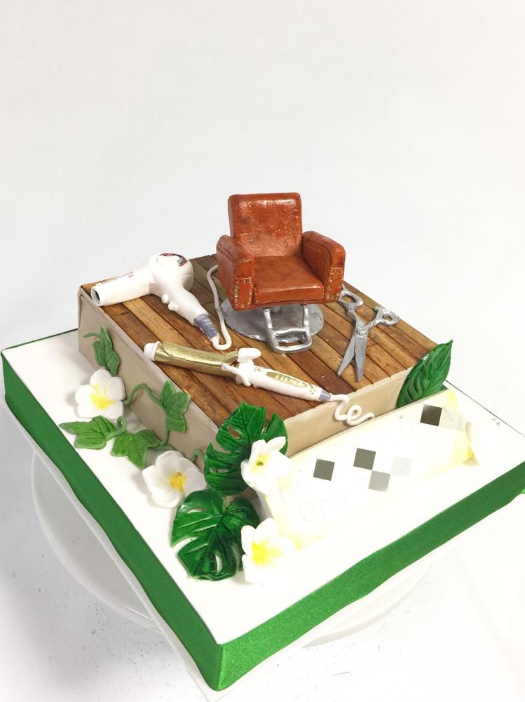 南国🏝っぽいお洒落な美容室イメージケーキ🍰 #おめでとうございます㊗️ #美容室 #チェアー #ハサミ #コテ #ドライヤー #南国植物 #Beautysalon #image #cake #HairSalon #ヘアーサロン #ケーキ #お祝い #gateau #torta #handmade #taarten
