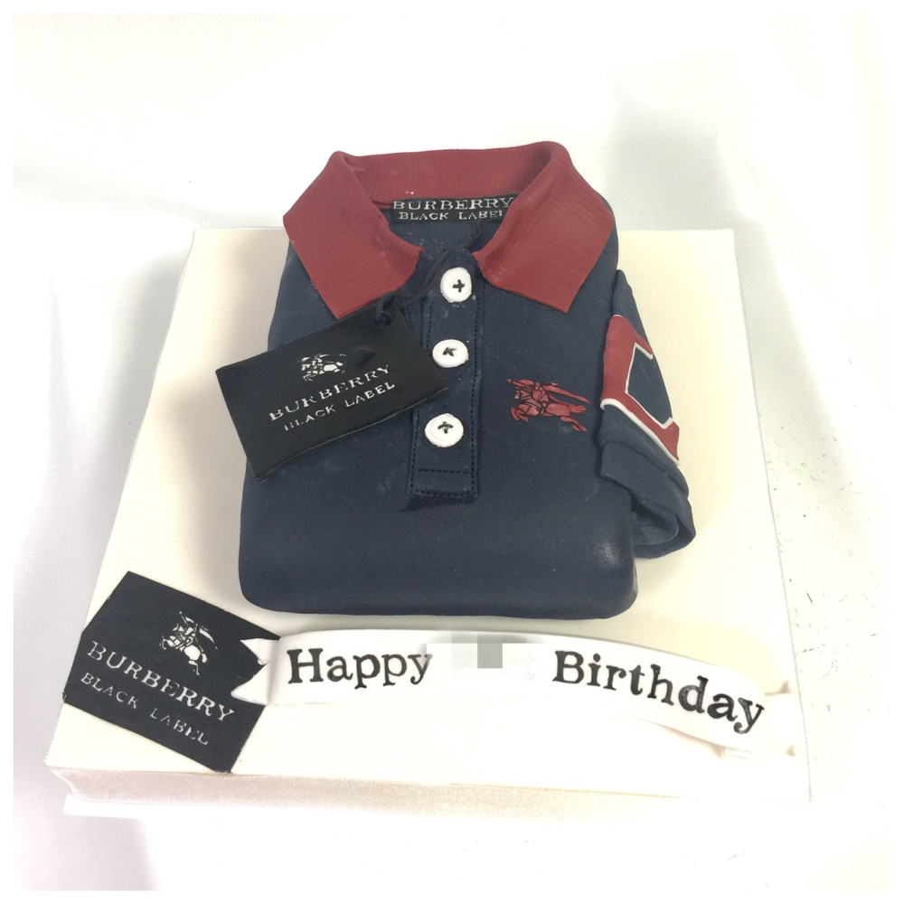 バーバリーポロシャツ🎂 #バーバリー #ポロシャツ #ファッション #ファッションケーキ #誕生日ケーキ #洋服 #メンズ #イギリス #burberry #burberrycake #fashion #fashioncake #poloshirt #poloshirtcake #gateau #torte #cake #ケーキ #🇯🇵