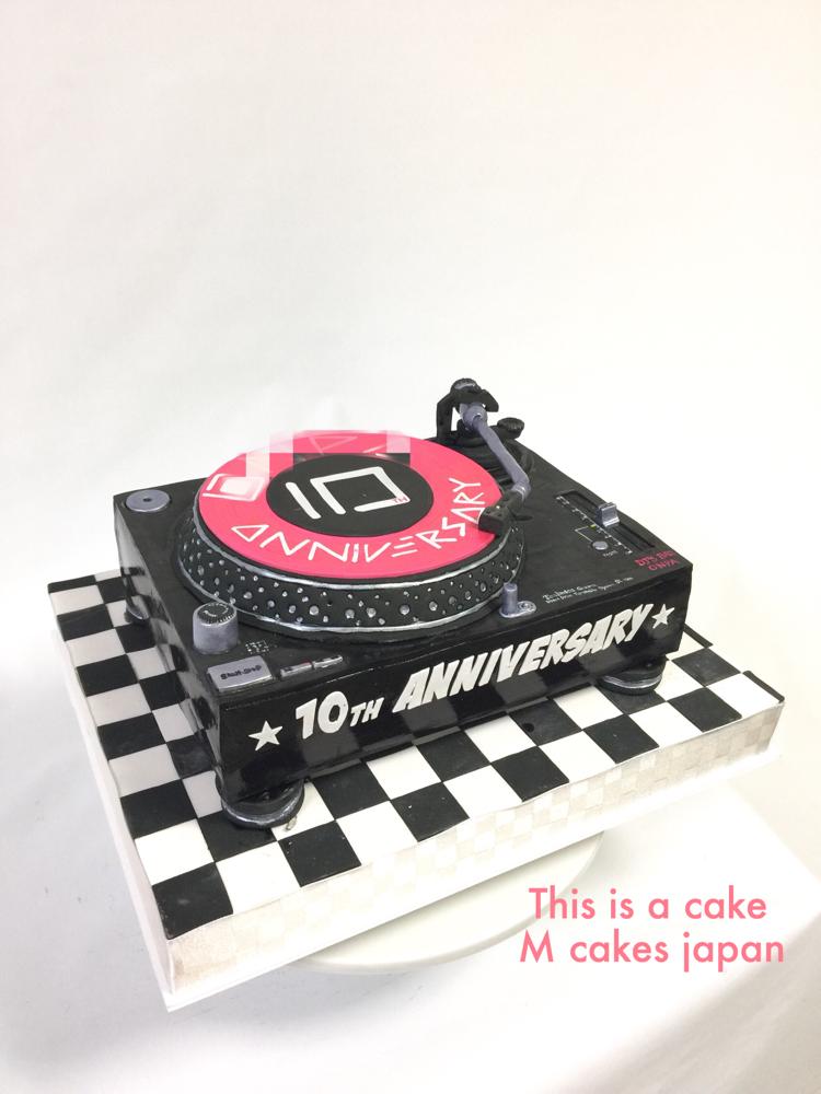 #ターンテーブル #パーティー #お祝い #ケーキ #music #turntable #party #cake