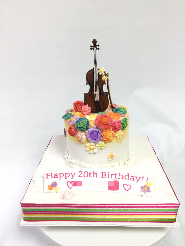 #チェロ #誕生日ケーキ #春っぽく #カラフルお花 #お花は型を使ってみました #カラーでオリジナリティ #チェロは手作業 #手しごと #大人可愛い #20歳 #音楽  #cello #cellocake #music #colorful #flowers #spring #fondantfigure  #cake #fondantwork #fondantcake #pateasucre #sekerhamuru #pastadizucchero #🇯🇵#Japan