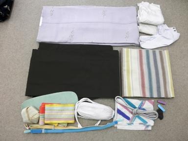 着物の荷物1