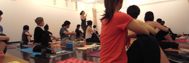 cozy|チャリティーヨガ2011(春)|A|春日井市|宮町店