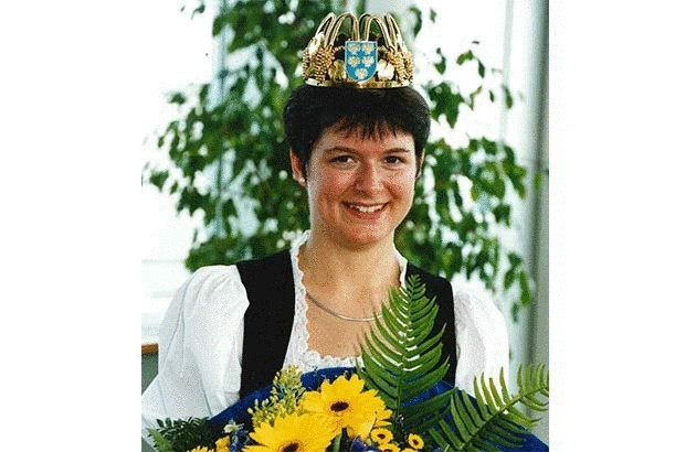 2001-2003 – Margit Kalser
