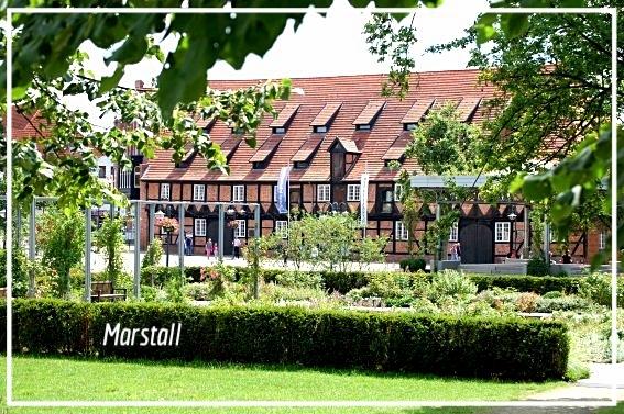 Der Marstall, heute Museum, wurde zu Dorotheas Zeiten ausgebaut