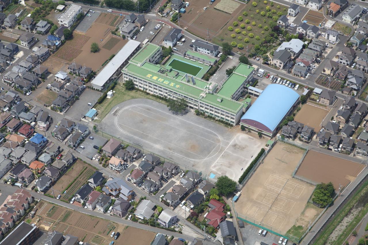 校庭芝生化工事 武蔵村山市立第五中学校
