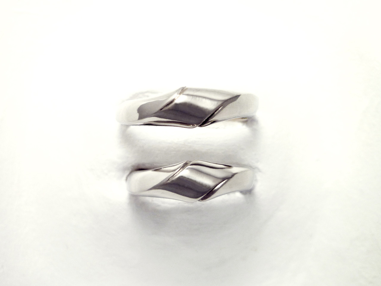 Platinum marriage ring