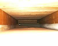 Schlauch in der Dachschräge
