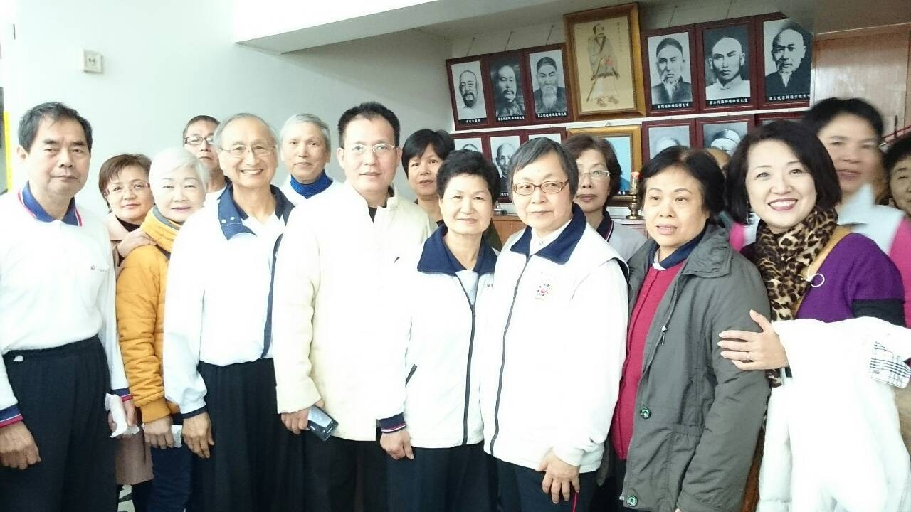 朱榮譽理事長、吳理事長、協會理監事及會員一同參與 !