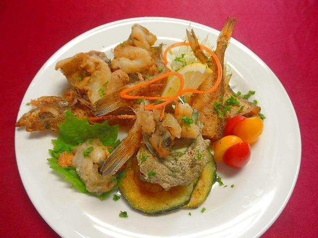 #魚介と野菜のフリット #食材 #ハタハタ #エテガレイ #サザエ #ズッキーニ #強力粉など
