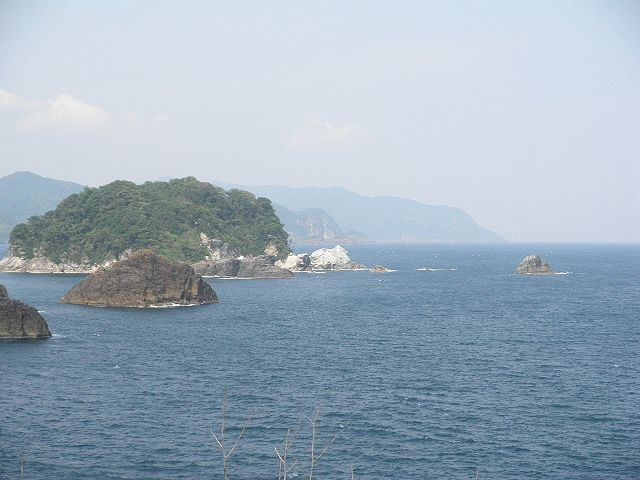 香住・白石島&小島群、渡船利用ですが、ハズレもあるが当たると超大物が顔を見せる。ファミリー向けではない