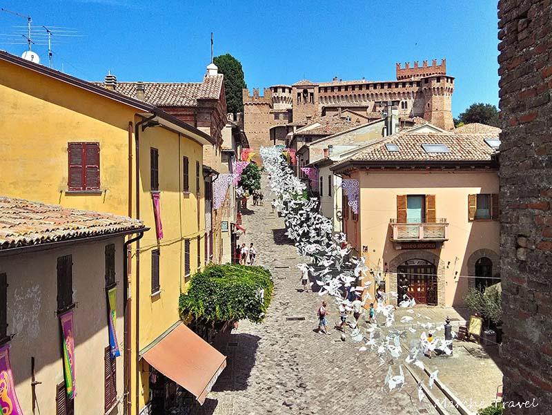 In viaggio con Dante nelle Marche