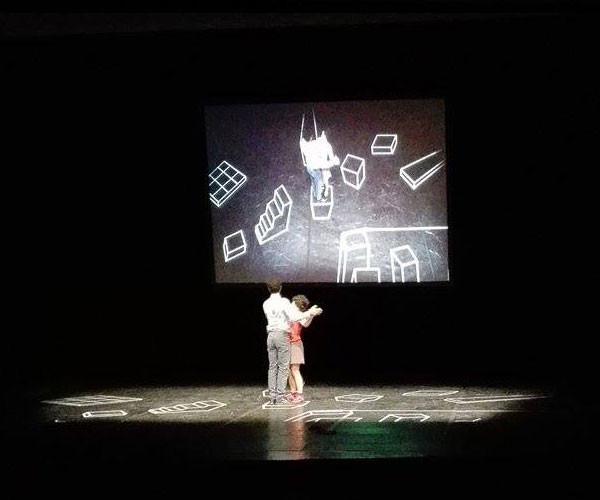 Chimèra, spettacolo teatrale del Collettivo Marchigiano 7-8 chili
