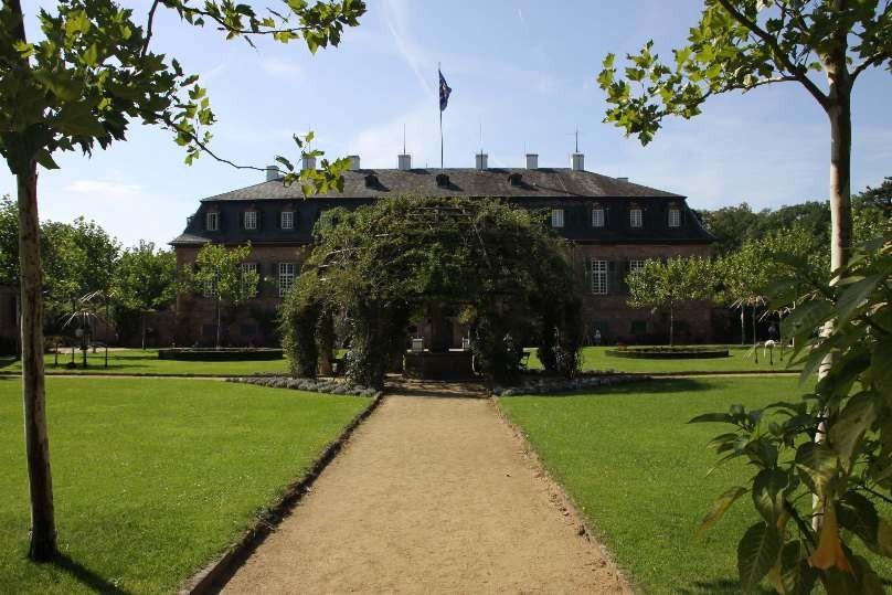 030_0322_16 Sept 2011_Gartenfest_Schloss Wolfsgarten