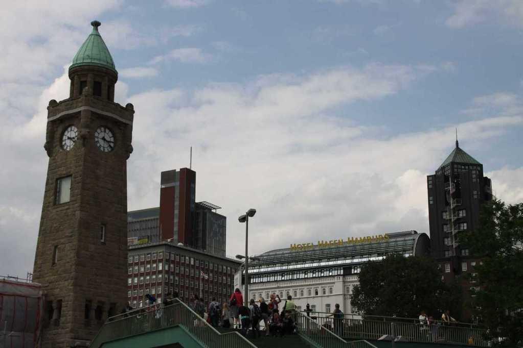 0063_10 Juni 2011_Hamburg_Landungsbrücken_Hotel Hafen Hamburg