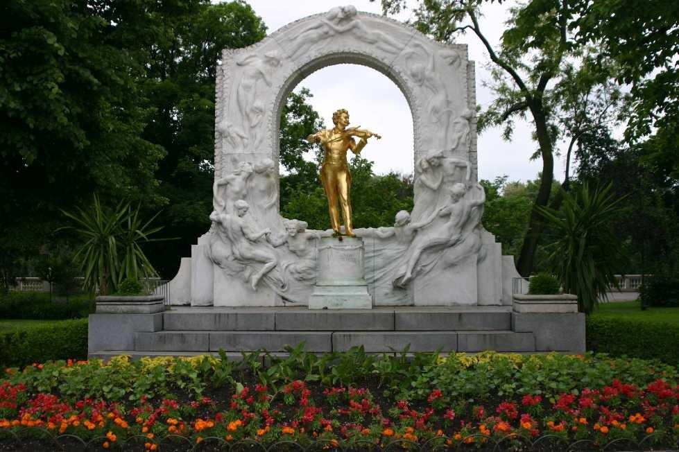 0232_21 Mai 08_Wien_Stadtpark_Johann-Strauss-Denkmal