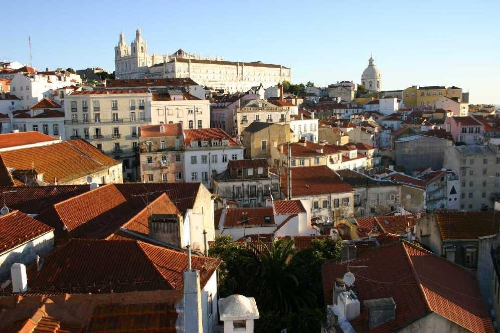 0411_01 Nov 07_Lissabon_Miradouro de Santa Luzia_de Fora & Santa Engracia