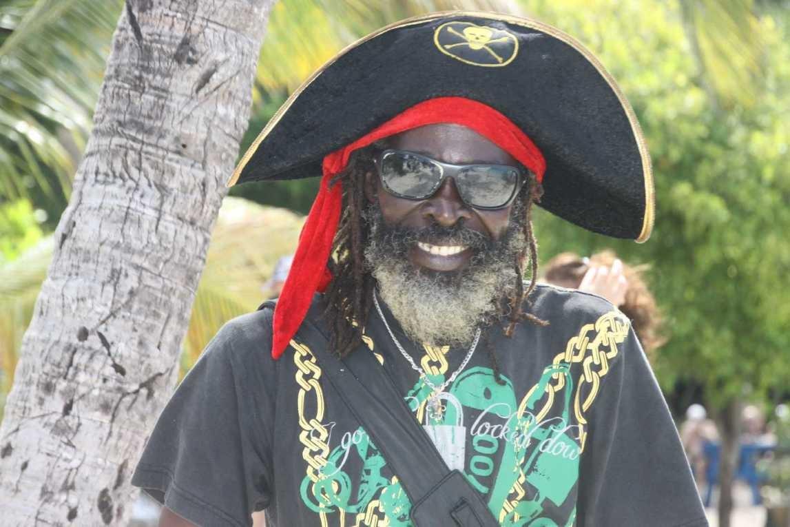 3272_03 DEZ 2013_Tobago Cays_Pirat