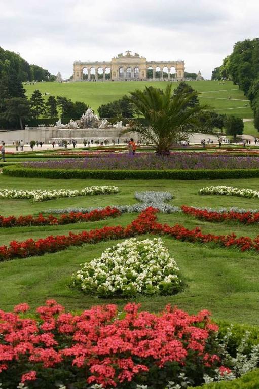 0409_22 Mai 08_Wien_Schloss Schönbrunn_Neptunbrunnen_Gloriette