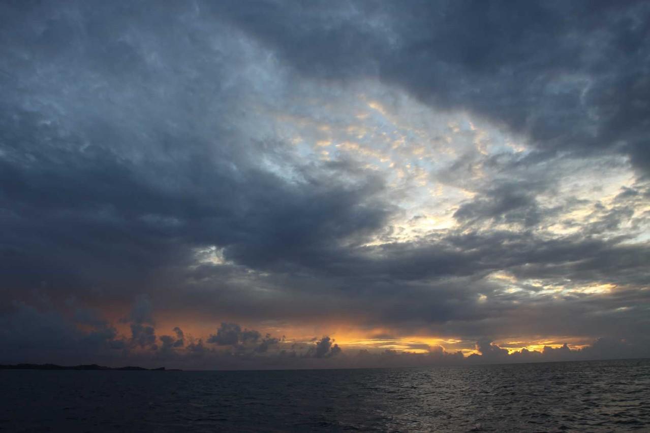 3149_02 DEZ 2013_Grenada_Shadowfax-Segeltörn_Sunset