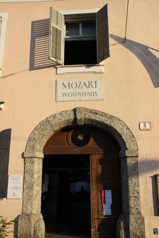 0421_21 Aug 2010_Salzburg_Mozart Wohnhaus