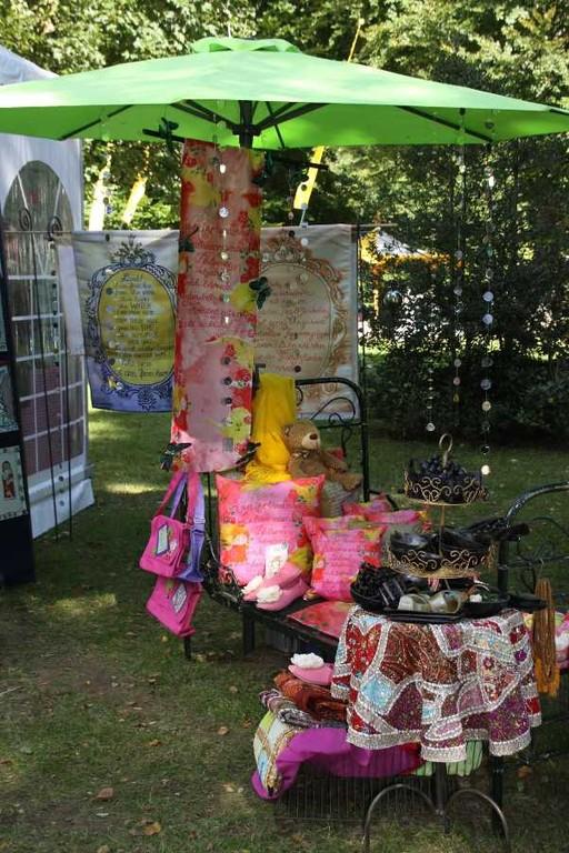 094_0330_17 Sept 2010_Gartenfest_Aussteller