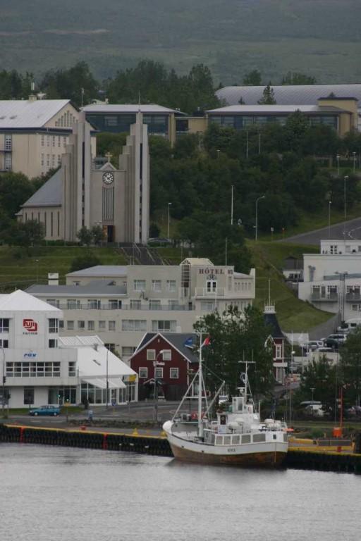 Bild 0654 - Island / Akureyri, Akureyrarkirkja