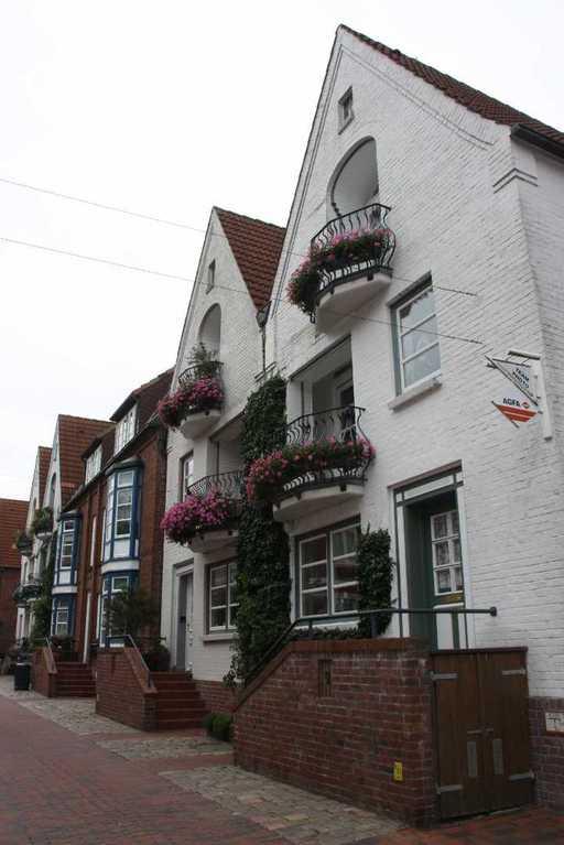 0038_31 Juli 2011_Husum_Schloßgang_Häuser_Fassaden