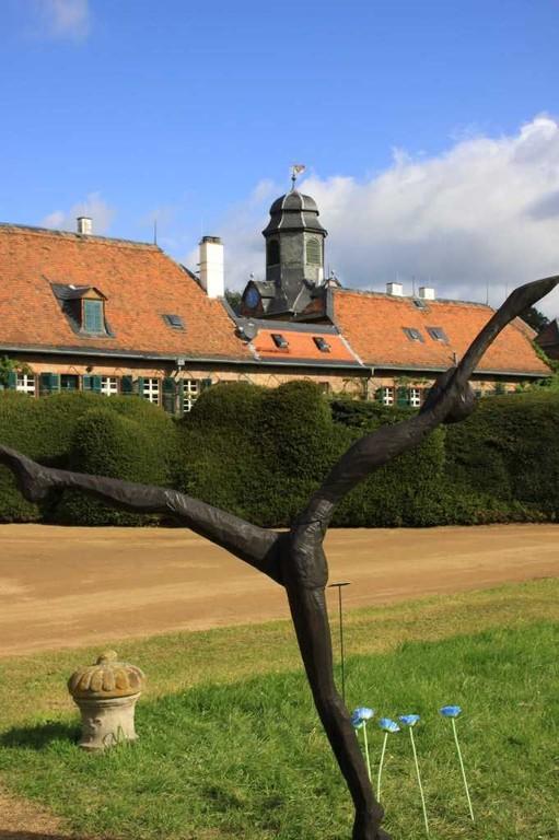 031_0081_17 Sept 2010_Gartenfest_Schloss Wolfsgarten_Skulpturen