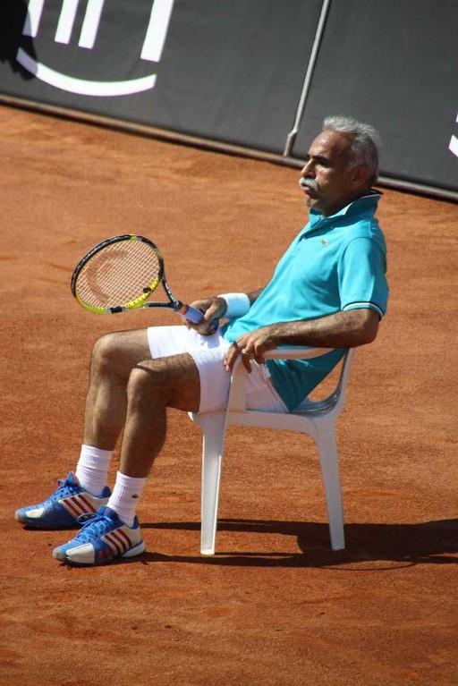 0220_26 Mai 2012_Cup of Legends_Bahrami_sitzend