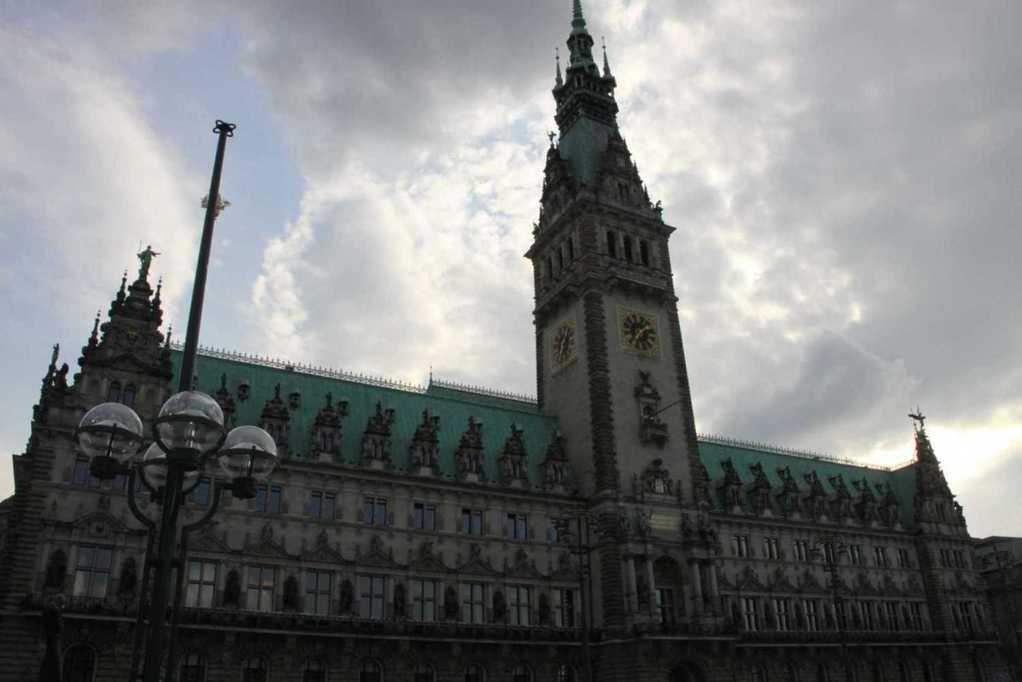 0191_10 Juni 2011_Hamburg_Rathaus