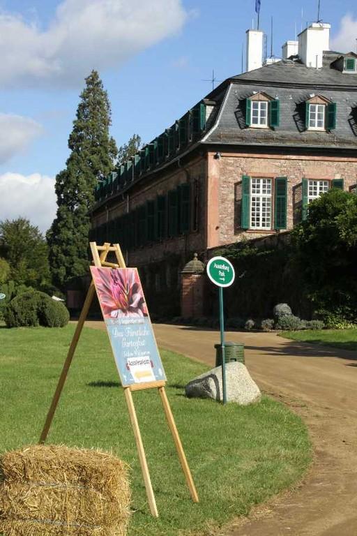 024_0065_17 Sept 2010_Gartenfest_Schloss Wolfsgarten