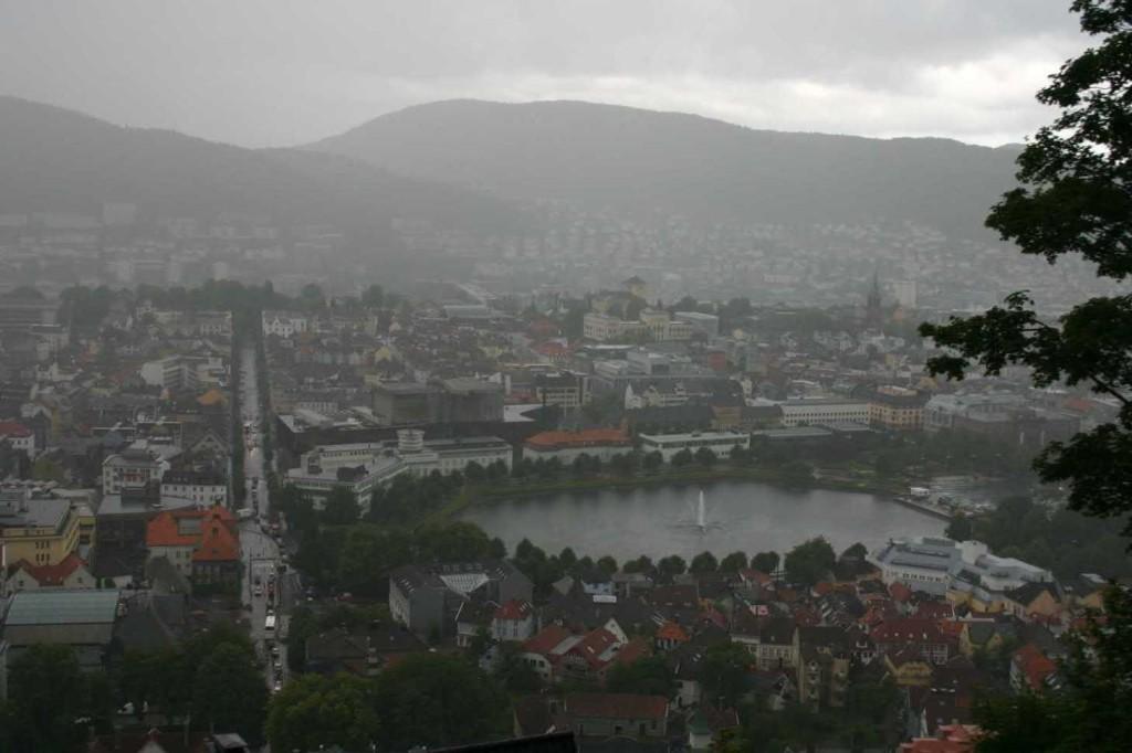 Bild 3062 - Norwegen, Bergen im Regen