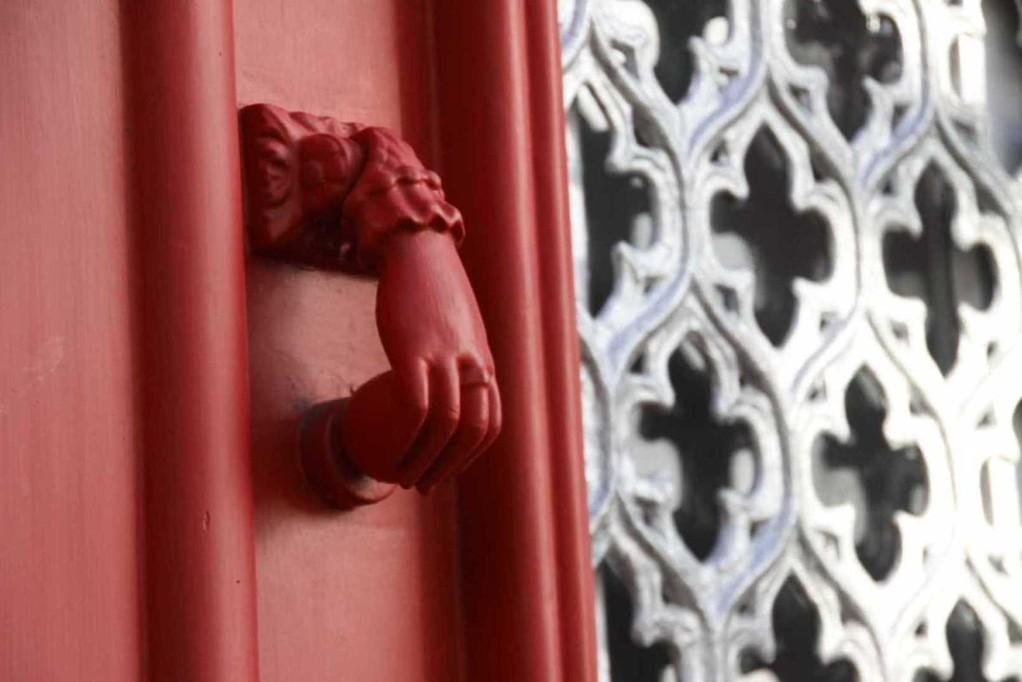 1299_14 Okt 2010_Madeira_Funchal_in den Gassen_Haustürklingel